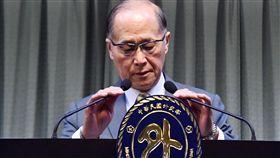在巴拿馬宣布與中華民國斷交後,中華民國外交部長李大維13日在外交部宣布終止與巴拿馬外交關係。中央社記者王飛華攝 106年6月13日