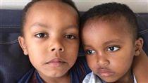 英國倫敦大火,與媽媽走失的5歲大男童Isaac/臉書