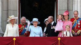 英國,女王,伊麗莎白二世,壽辰,慶典,閱兵,默哀(推特 https://twitter.com/duchesskatenews/status/876129311950082048)