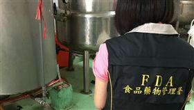 食藥署今(7)日公布今年9月至10月醬料(醬油調味醬)製造業者稽查結果,抽驗78件,有5件防腐劑超標。(圖/食藥署提供)