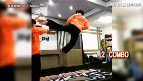 空中迴旋踢連踢三木板。