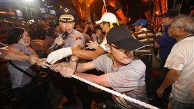 反年改群眾與警衝突、立法院、年改衝突/中央社