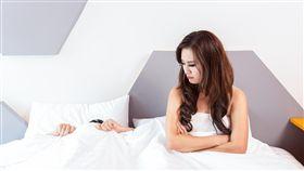 做愛、愛愛、性愛、床事/pixabay