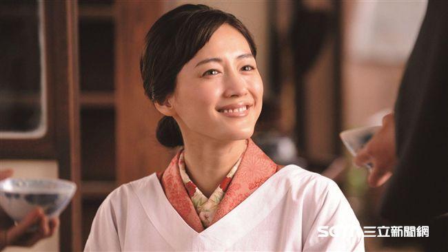 綾瀨遙詮釋溫柔人妻 嫁日本石油大亨