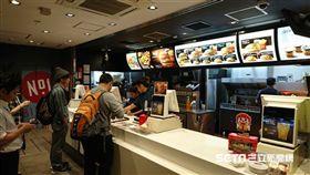 點餐,麥當勞,店員,撂英文,Dcard 圖/記者翁堃泰攝影