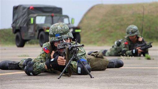 國軍、軍人、士兵/國防部發言人臉書
