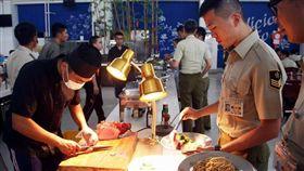 憲兵204指揮部吃歐式自助餐/憲兵指揮部發言人