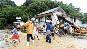 九州破紀錄暴雨  6死8傷逾千人受困_圖/路透社/達志影像
