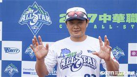 中華職棒紅白明星對抗賽,白隊彭政閔 圖/記者林敬旻攝