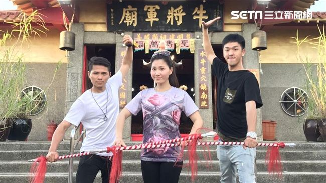 越南孫翠鳳遠嫁台灣繼承夫業傳統戲曲