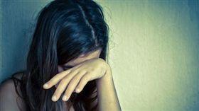 國際,性侵,單親媽,馬來西亞,鞭刑,監禁