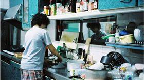 媳婦,小姑,姑姑,洗碗,報仇,靠北婆家 圖/攝影者chia ying Yang,https://www.flickr.com/photos/enixii/2777299205/in/photolist-UF1cZB-wK7FF-4DnoJ4-5eqoi4-7sBQsz-aYJVfi-4wtPft-gbBH8p-7qDs4M-7qHo6N-4iT7Eu-7qHvQ
