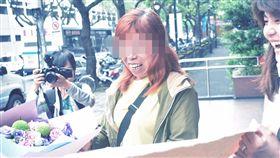 張婦被控騎車撞到路人肇事逃逸,她花十年申請再審,並成功逆轉獲判無罪,對此,警方則說當時目擊者供詞醫治,才會將張婦移送法辦(翻攝自台灣冤獄平反協會)