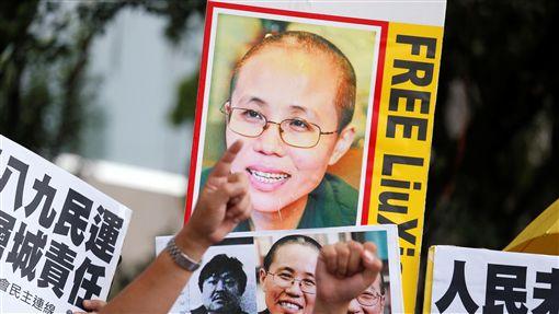 諾貝爾和平獎得主劉曉波、妻子劉霞、釋放(圖/路透社/達志影像)