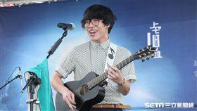 20170715-盧廣仲「春季巡迴安可場 LIVE IN TICC」演唱會簽唱記者會 (鄭先生)