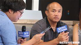 張泰山接受三立新聞網專訪。(圖/記者王怡翔攝)