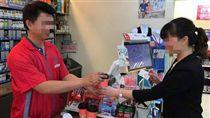 OK超商推出好利悠遊卡。(圖/記者馮珮汶攝) 有馬賽克