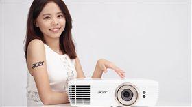 宏碁全球體積最小4K投影機 台灣正式上市