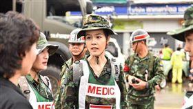 泰國醫院救難隊員,面容姣好爆紅。(圖/翻攝自泰國世界報)