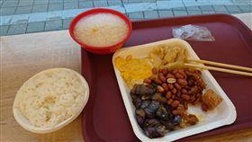 蘆洲,清粥小菜,用餐,青菜,稀飯(圖/翻攝自臉書爆廢公社)