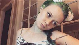 澳洲女大生海蒂(Heidi)是「視訊實況主」。(圖/翻攝自@instaheidiv Instagram,