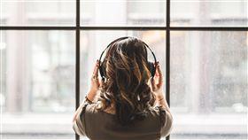 耳機,耳罩式,聽歌,聽音樂(圖/StockSnap)