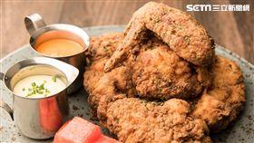 amba台北中山意舍酒店「Buttermilk餐廳」,美式炸雞。(圖/中山意舍酒店提供)