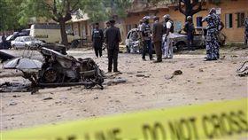 奈及利亞北部傳恐怖攻擊,女炸彈客引爆身上炸彈。(圖/翻攝自Twitter)