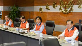 世大運開幕在即,內政部長葉俊榮視導中央安全指揮中心。(圖/翻攝畫面)