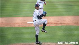日本隊先發投手東克樹(圖/記者雷明正攝)