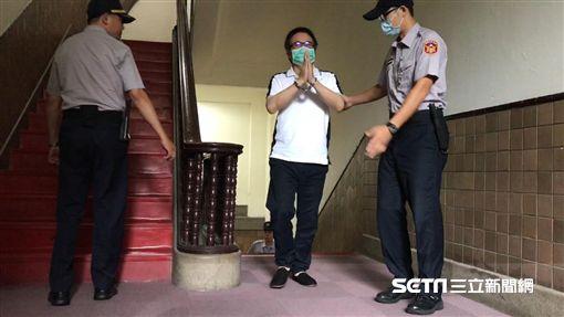 蔡正元,高院,雙手合十。記者潘千詩攝影