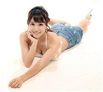 日本AV女優初川南比基尼超性感2。(記者邱榮吉/攝影)