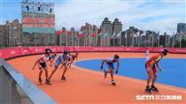 世大運滑輪溜冰男子組接力賽。(圖/記者王怡翔攝)