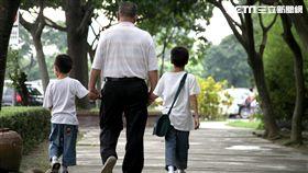 經濟協助 隔代教養家庭最迫切的需要與支持(圖/台灣世界展望會)