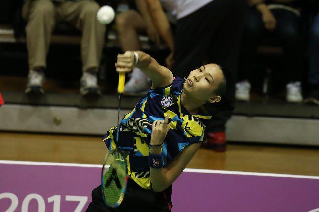 世大運羽球  戴資穎對決泰國(3)台北世大運羽球項目25日在台北體育館舉行,中華隊選手戴資穎(圖)在混合團體賽中,對決泰國選手AIMSAARD Nuntakarn,以21比3、21比15直落二取得勝利。中央社記者吳家昇攝 106年8月25日