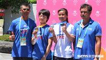 滑輪溜冰教練吳炯助、楊合貞、李孟竹、總教練林詠翔。(圖/記者王怡翔攝)