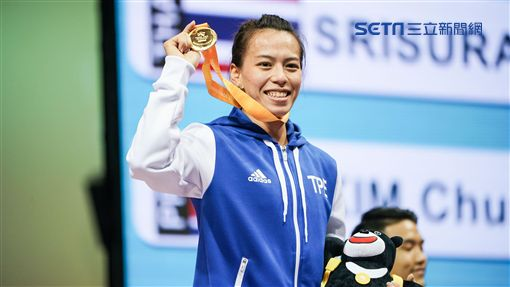 世大運女子舉重58公斤級郭婞淳奪下金牌,破大會紀錄 記者林敬旻攝影