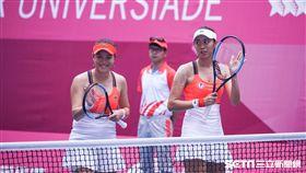 0827世大運網球女雙台灣選手詹詠然、詹皓晴。(圖/記者林敬旻攝)