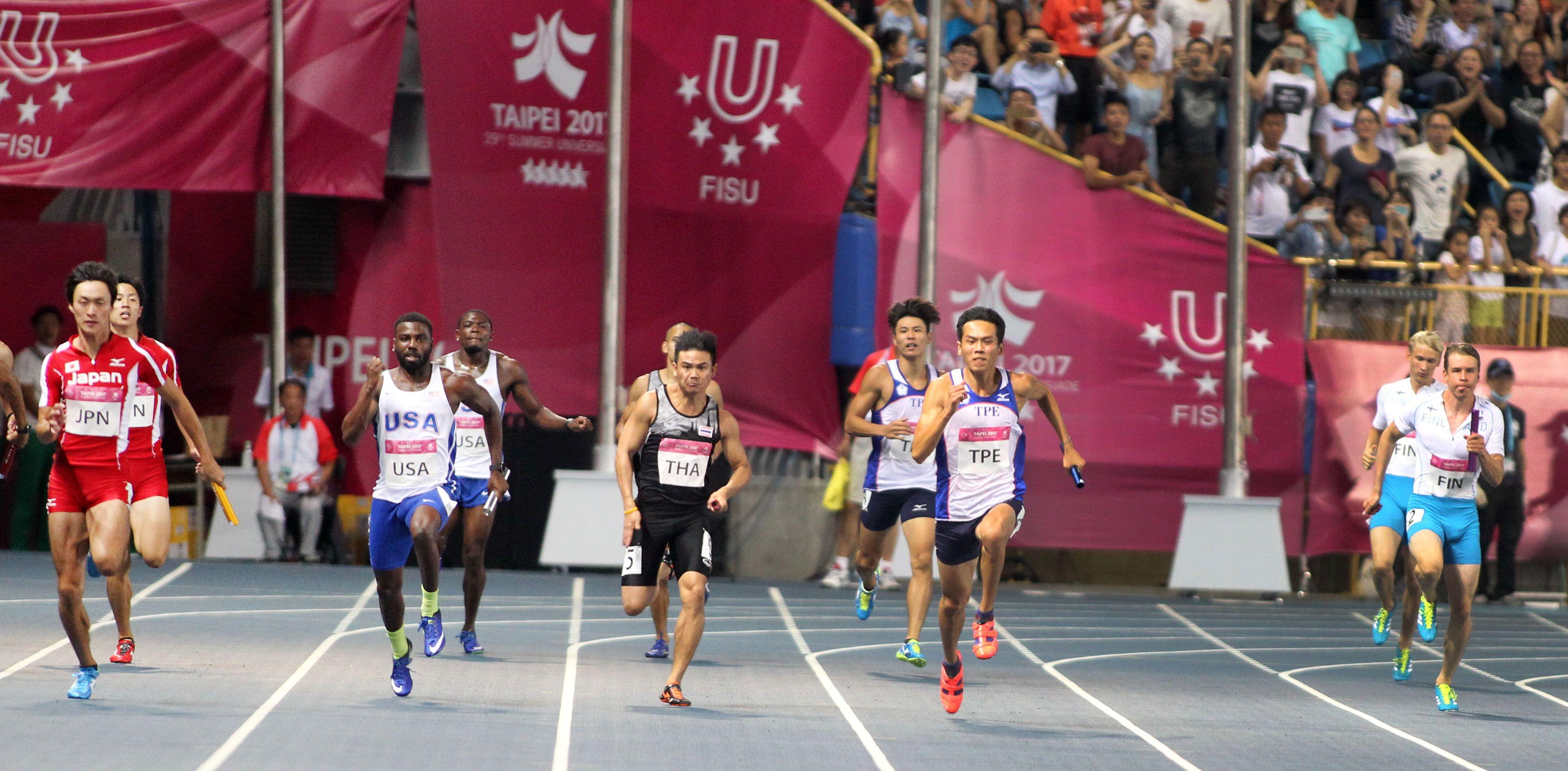 楊俊瀚加持 世大運四百接力台獲銅牌(記者邱榮吉攝影)
