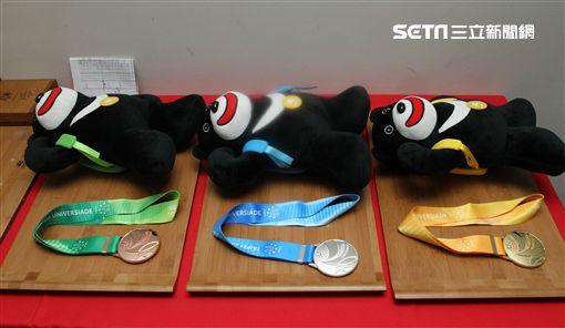世大運田徑項目28日全部結束,各國選手盡力表現贏得運動精神,下次拿坡里見,珍重再見。(記者邱榮吉/攝影)