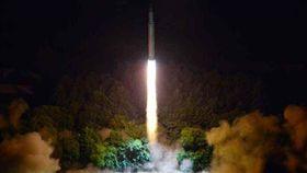 北韓發射導彈、金正恩、導彈(7/28資料照)/勞動新聞網