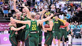立陶宛擊敗美國,奪下世大運男籃金牌(圖/記者劉家維攝)