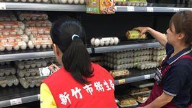 竹市下架近700公斤芬普尼雞蛋(1)新竹市政府衛生局30日發布新聞稿指出,截至今天上午為止,已稽查轄內40家業者,共計下架691.26公斤芬普尼殘留雞蛋,仍會持續擴大稽查,保障市民飲食安全。(新竹市政府衛生局提供)中央社記者魯鋼駿傳真  106年8月30日