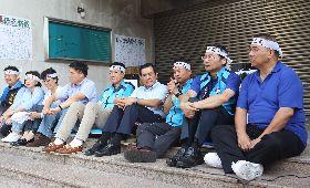馬英九探視禁食抗議前瞻藍委