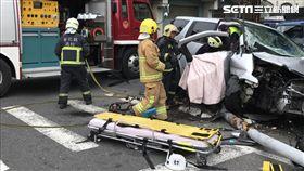 兩車相撞殃及無辜 連環車禍1死8傷
