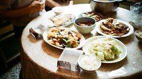 家常菜,吃飯,餐桌,晚餐,午餐 圖/攝影者Remi Tu, Flickr CCLicense https://flic.kr/p/4USdjE