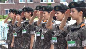 南韓女士兵。(圖/翻攝自koreaboo.com)