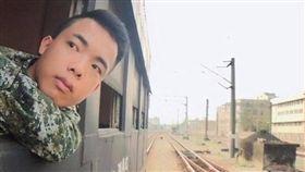 網紅林進在軍人節當天po出哥哥照片。(翻攝自林進臉書)
