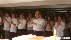 行政院長林全出席行政院中元普渡。(記者盧素梅攝)