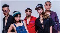 嘻哈團體187INC與小島南及日美混血美艷的蒂亞登上尤物雜誌封面。(圖/尤物提供)